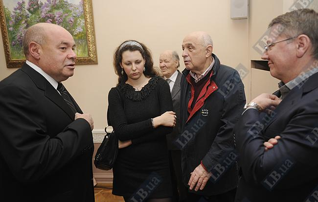 Михаил Швыдкой (слева), экс-министр культуры России