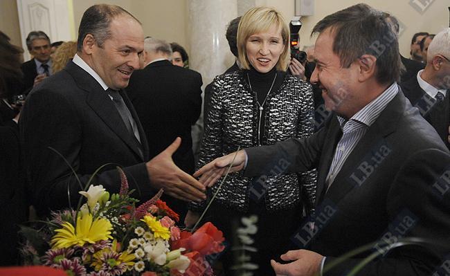 Виктор Пинчук (слева)