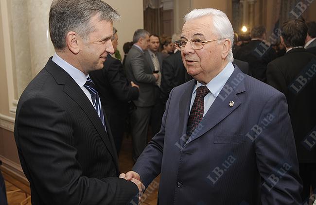 Посол РФ в Украине Михаил Зурабов и первый президент Украины Леонид Кравчук