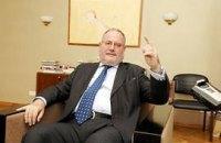 Посол Франции советует Януковичу слушать оппозицию, а не преследовать
