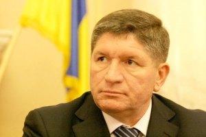 Львовский губернатор получает зарплату в коммерческой фирме (Документ)