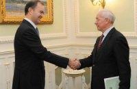 Азаров нашел доказательства своей встречи с МВФ