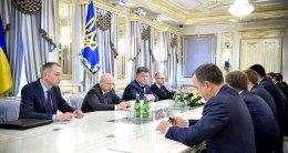 Порошенко призвал депутатов принять все антикоррупционные законы