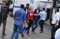 Полиция задержала евродепутата при разгоне гей-прайда в Стамбуле