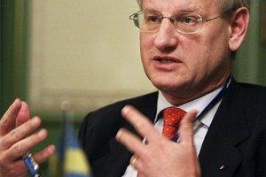 Суд против Тимошенко – позорный спектакль, - глава МИД Швеции
