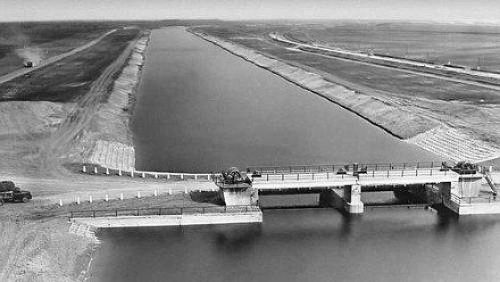 Шлюз на Северо-Крымском канале (1960-е), по которому в Крым поставлялась пресная вода из Днепра