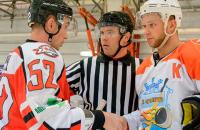 Чемпионат Украины по хоккею сократился до шести команд