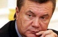 """Янукович не даст Раде """"забыть о бедных украинцах"""""""