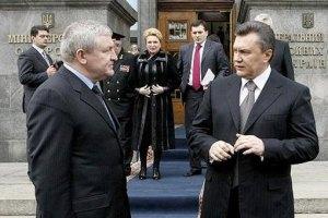 Янукович приготовил Ежелю новую должность