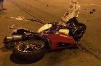 В Черновцах при попытке оторваться от патрульных разбился насмерть мотоциклист