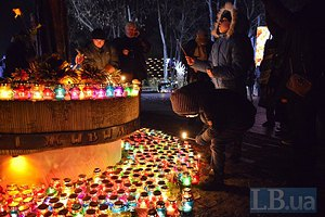 Украина вспоминает жертв Голодомора
