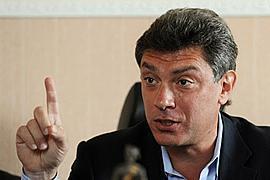 """Немцов советует Украине осторожно относиться к """"путинскому"""" капиталу"""