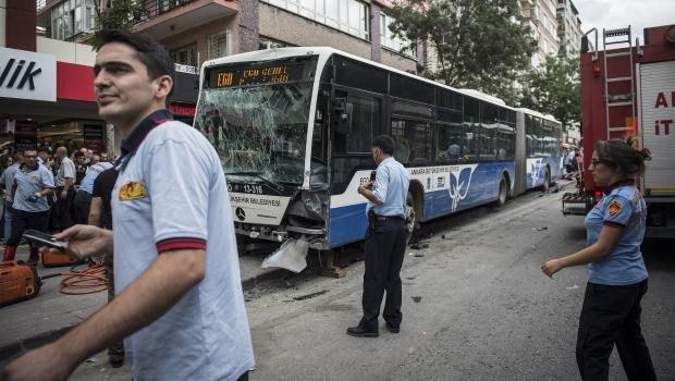 Десять человек погибли в ДТП с участием автобуса в Турции