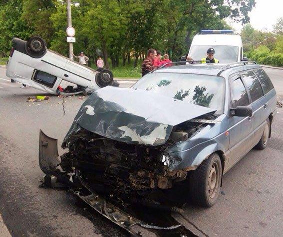 Унаслідок ДТП у Полтаві загинула 5-річна дівчинка (ФОТО) - фото 1