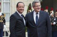 Олланд и Коморовский поздравили Януковича с годовщиной независимости Украины