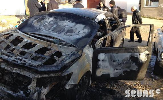 Машина Белоцерковца после поджога