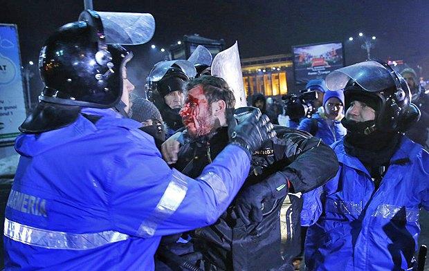 Румынский министр торговли подал вотставку после протестов