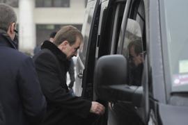 Водитель Попова ездит на красный свет