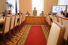 Оппозиция вызывает на ковер Могилева и Хорошковского