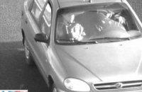 СМИ опубликовали фото предполагаемых убийц Немцова в машине