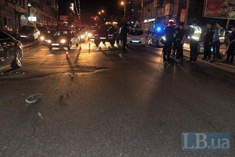 В Киеве внедорожник сбил насмерть пешехода-нарушителя и скрылся