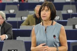 На Евромайдане выступила депутат Европарламента Ребекка Хармс