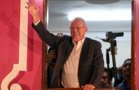 На президентских выборах в Перу лидирует экс-премьер
