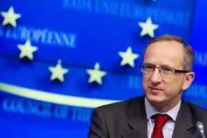 На Михайловскую площадь прибыли послы ЕС и Польши