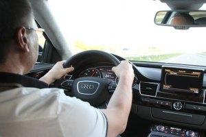 Лукьянов заплатил штраф за скорость в 240 км/ч
