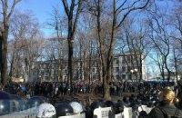Митинг в поддержку власти в Мариинском парке охраняет 1 тыс. милиционеров