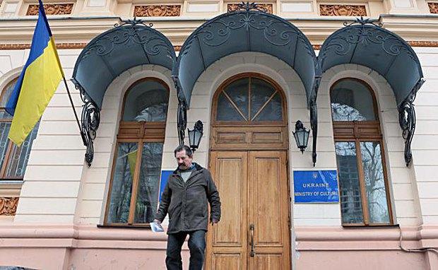 Чому В'ячеслава Кириленка не можна залишати в Мінкульті