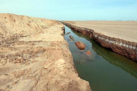 Тунис за четыре месяца построил стену на границе с Ливией