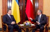 Власть и оппозиция одинаково ответственны за насилие в Киеве, - Коморовский