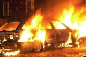 Депутату Закарпатского облсовета ночью подожгли Mercedes