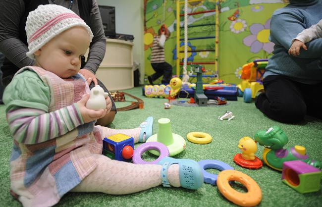 Многие игрушки могут быть вредны для малышей