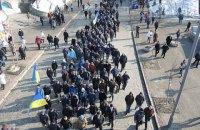 400 человек провели шествие к мемориалу Небесной сотни в центре Киева