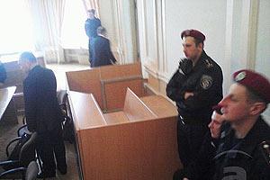"""Власенко: Тимошенко готовятся """"притянуть"""" в суд"""