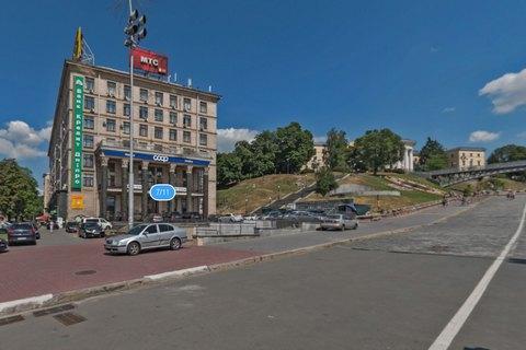 НаКрещатике горело админздание: эвакуировано 200 человек