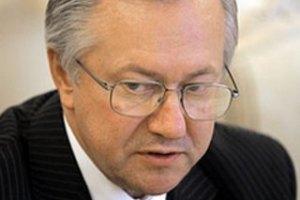 Тарасюк не исключает введения персональных санкций ЕС