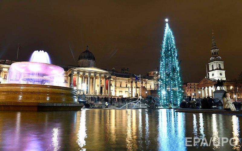 Трафальгарская Рождественская елка в Лондоне, Великобритания