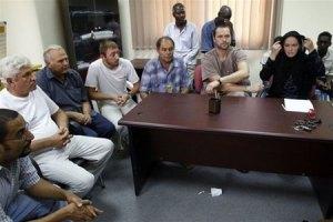 Посол Ливии поручился за жизнь задержанных украинцев