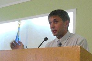Депутат требует от своего коллеги миллион гривен за сломанную челюсть