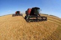 Яценюк поблагодарил аграриев за высокий урожай