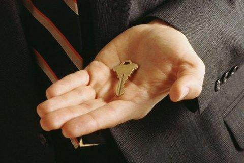Кабмин одобрил проект закона опредоставлении контрактникам жилья либо компенсации занего