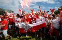 В порту Марселя подрались украинские и польские болельщики