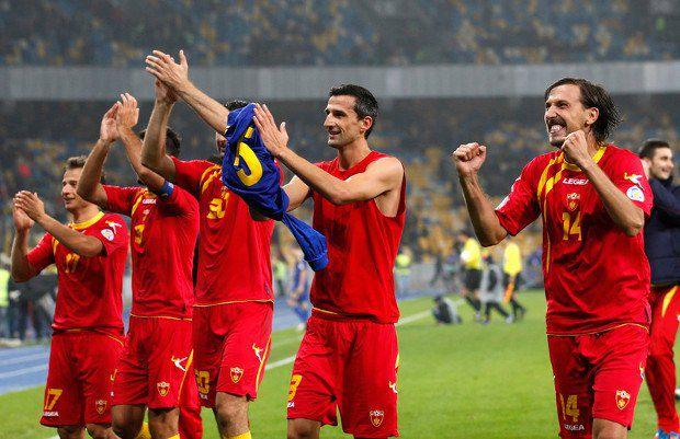 Мы еще в Черногорию приедем, клоуны...