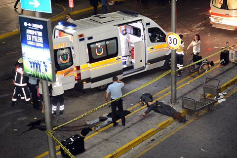 Опознаны 27 погибших в стамбульском аэропорту