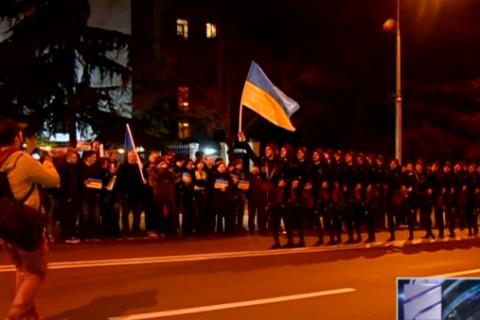 """""""Сухишвили"""" исполнили боевой танец в поддержку Савченко"""