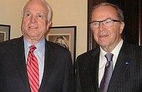 Президент ЕНП и сенатор США призывают освободить Тимошенко