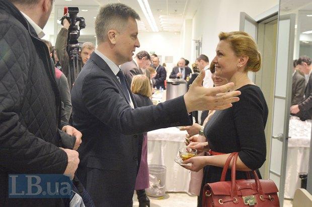 Валентин Наливайченко и Оксана Продат, народный деуптат от БПП